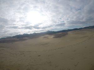 次第に晴れてきた鳥取砂丘