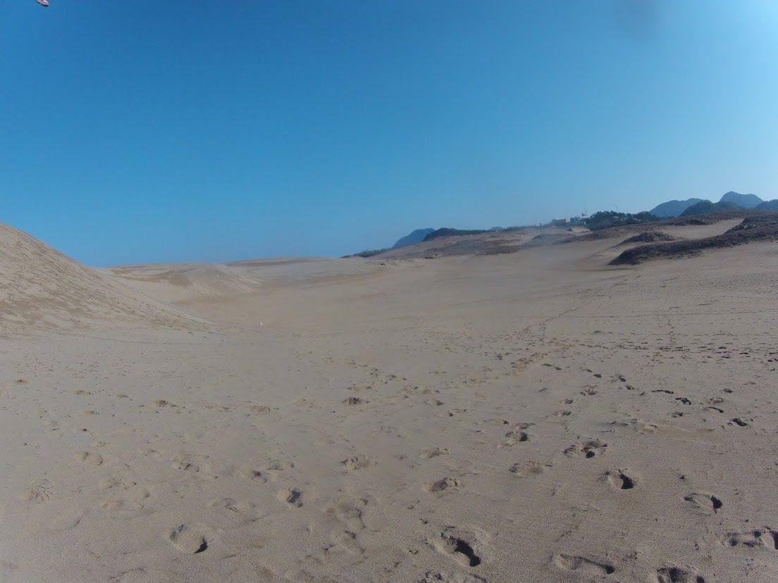 久々に青空と太陽に囲まれた鳥取砂丘