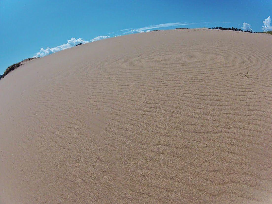 入道雲鳥取砂丘
