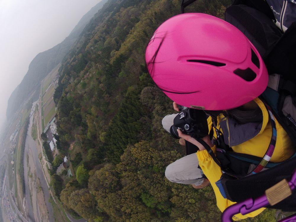 鳥取砂丘から20分の霊石山でタンデムパラグライダー