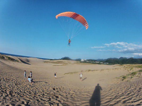 鳥取砂丘トーイングスタイルパラグライダー