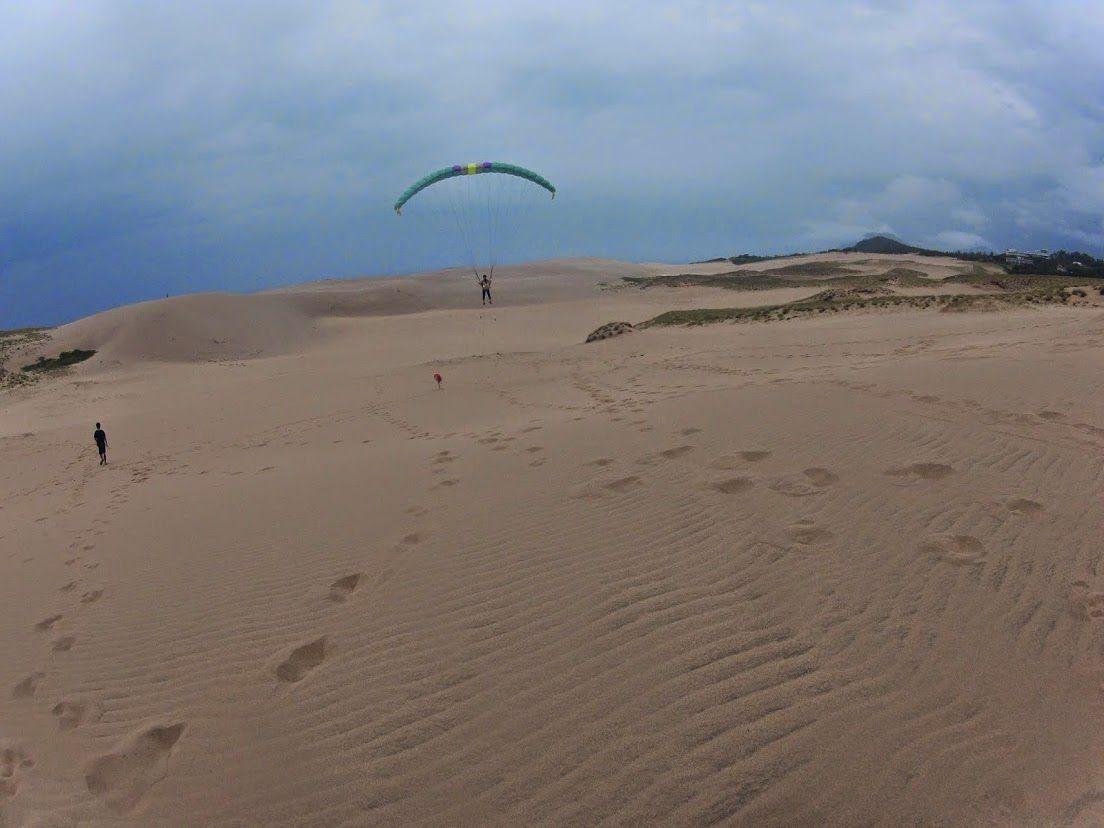 砂丘グライダー