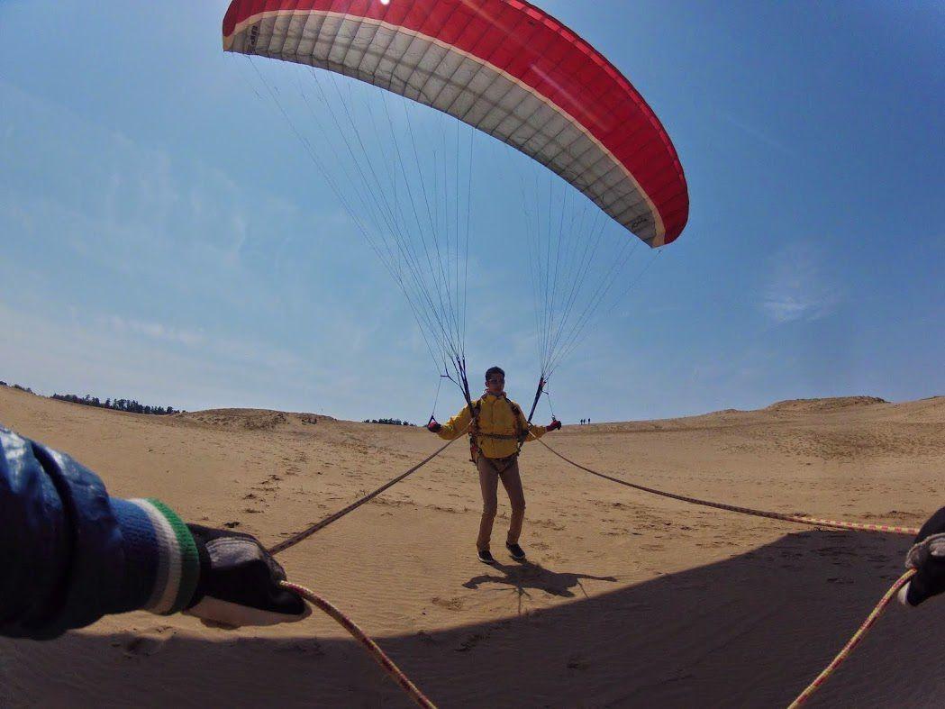 グラハン 鳥取砂丘パラグライダー