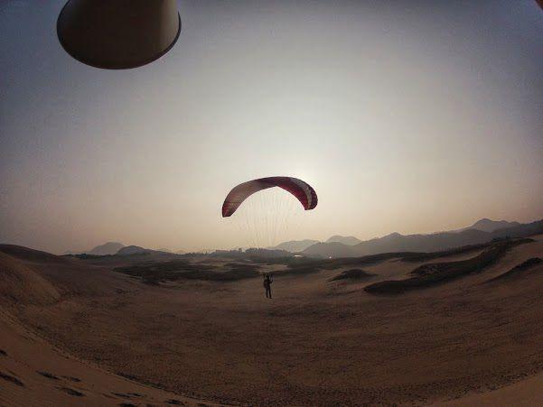 日の出 砂丘パラグライダー