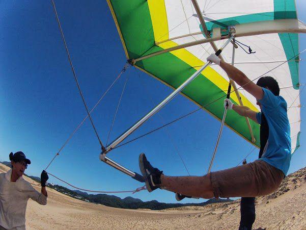 青い空 砂丘ハンググライダー