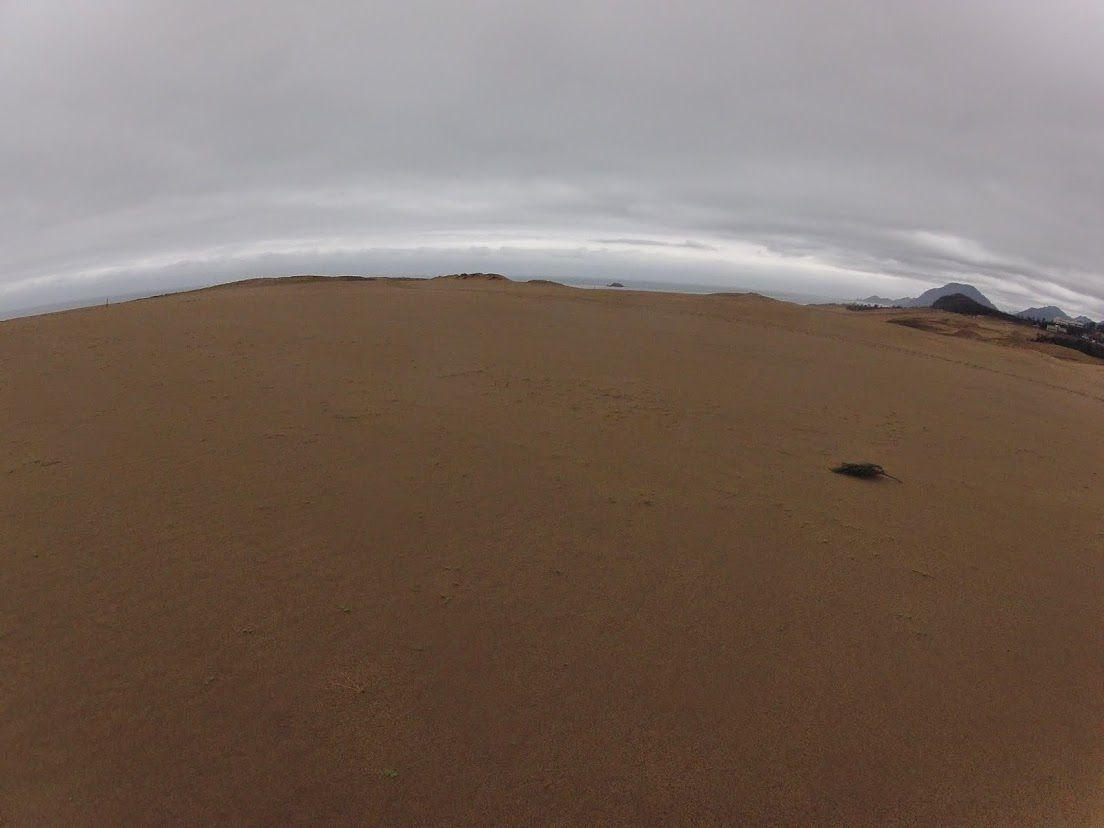 曇り空砂丘