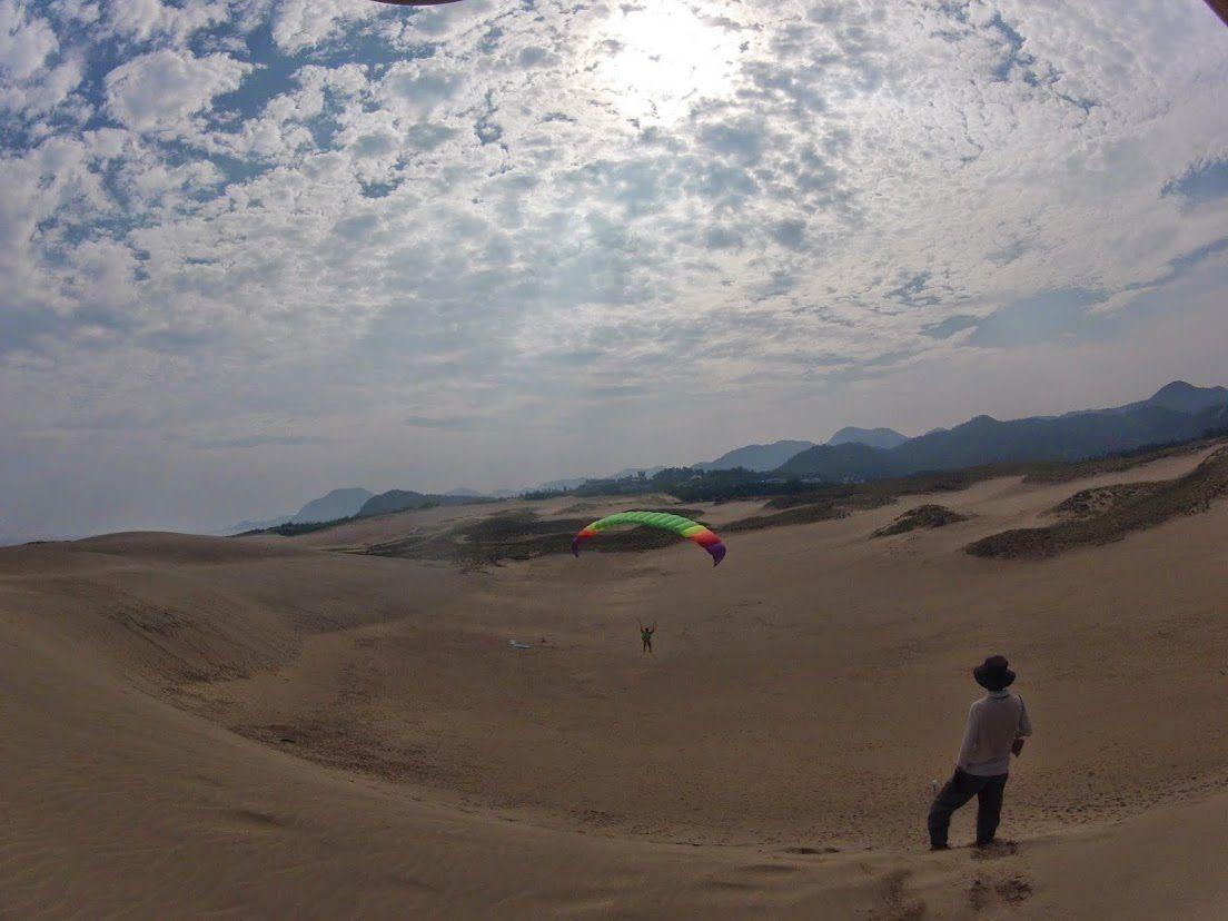 小1~小3のお子さんたち砂丘パラグライダー