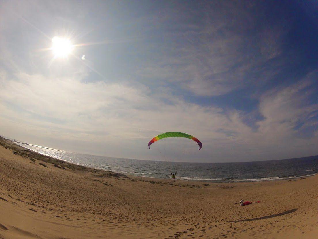 7歳の息子さんのフライト砂丘パラグライダー