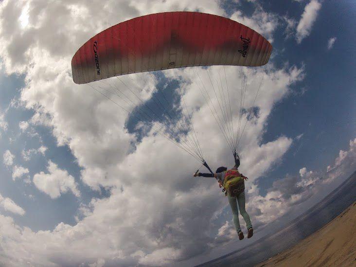 フワリ砂丘パラグライダー