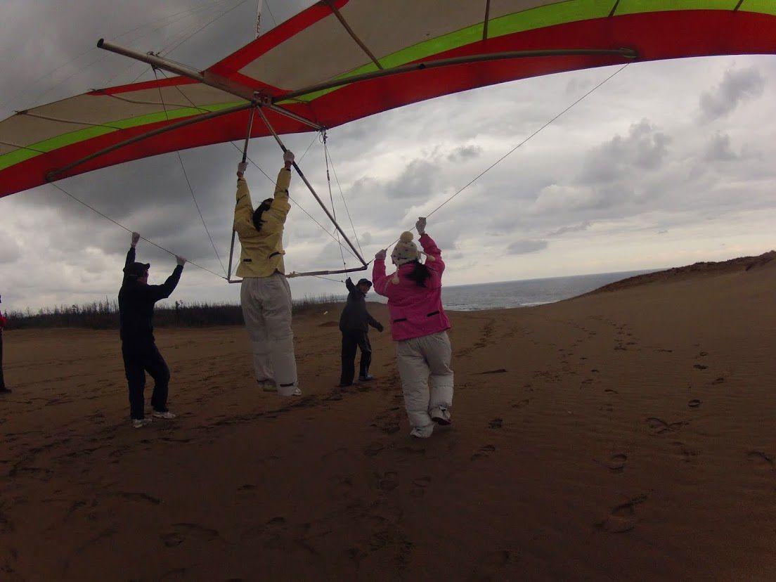 ハンググライダーで浮遊体験