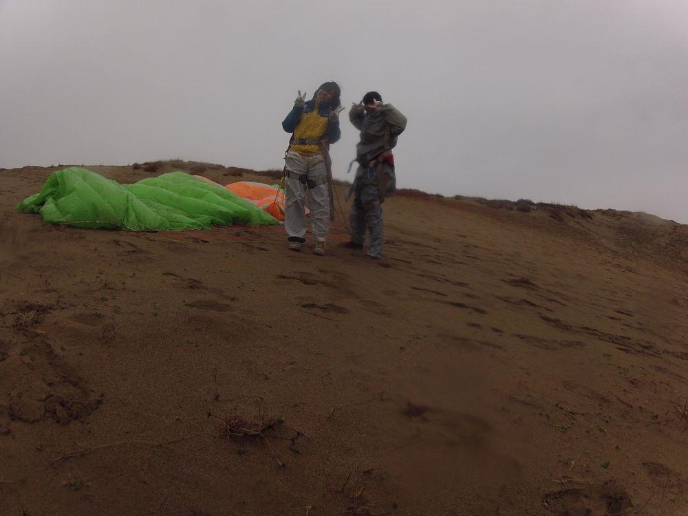 京都から雨の鳥取砂丘でパラグライダー体験