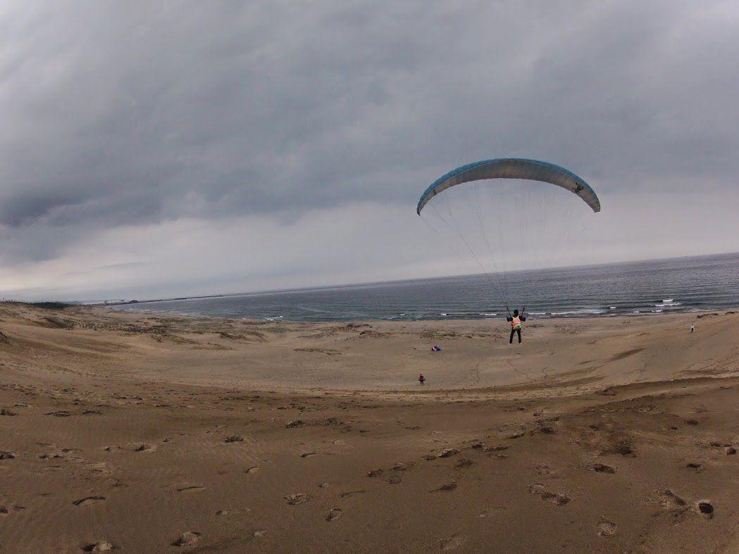 ロングフライト砂丘パラグライダー