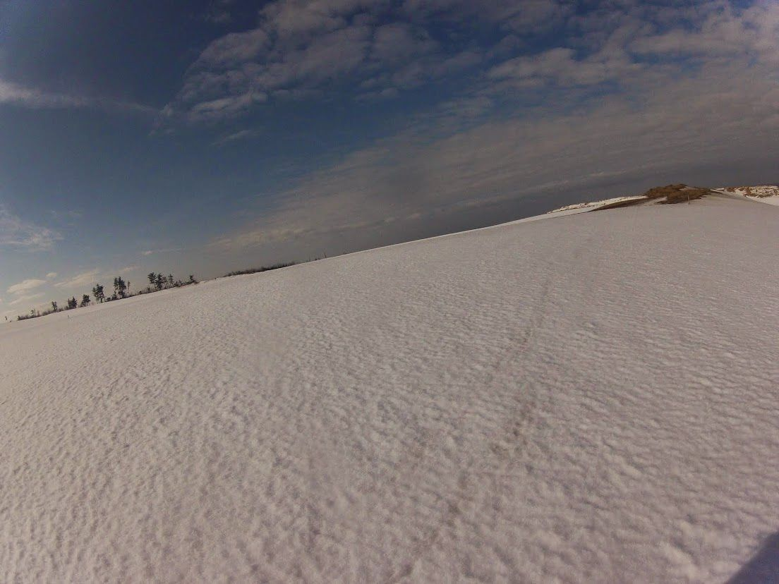 足元の雪もキラキラ輝いてます