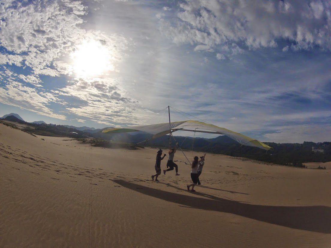 台風鳥取砂丘ハンググライダー