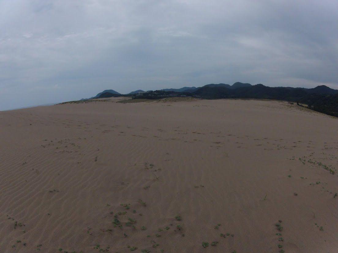 雨に降られた鳥取砂丘