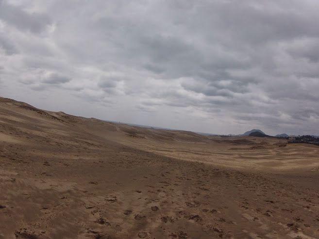 冬に逆戻りしたような鳥取砂丘