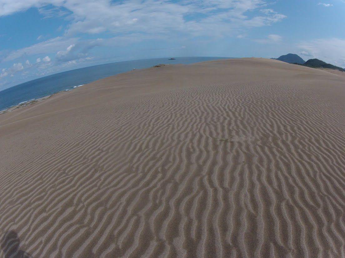 気持ちよく晴れた鳥取砂丘
