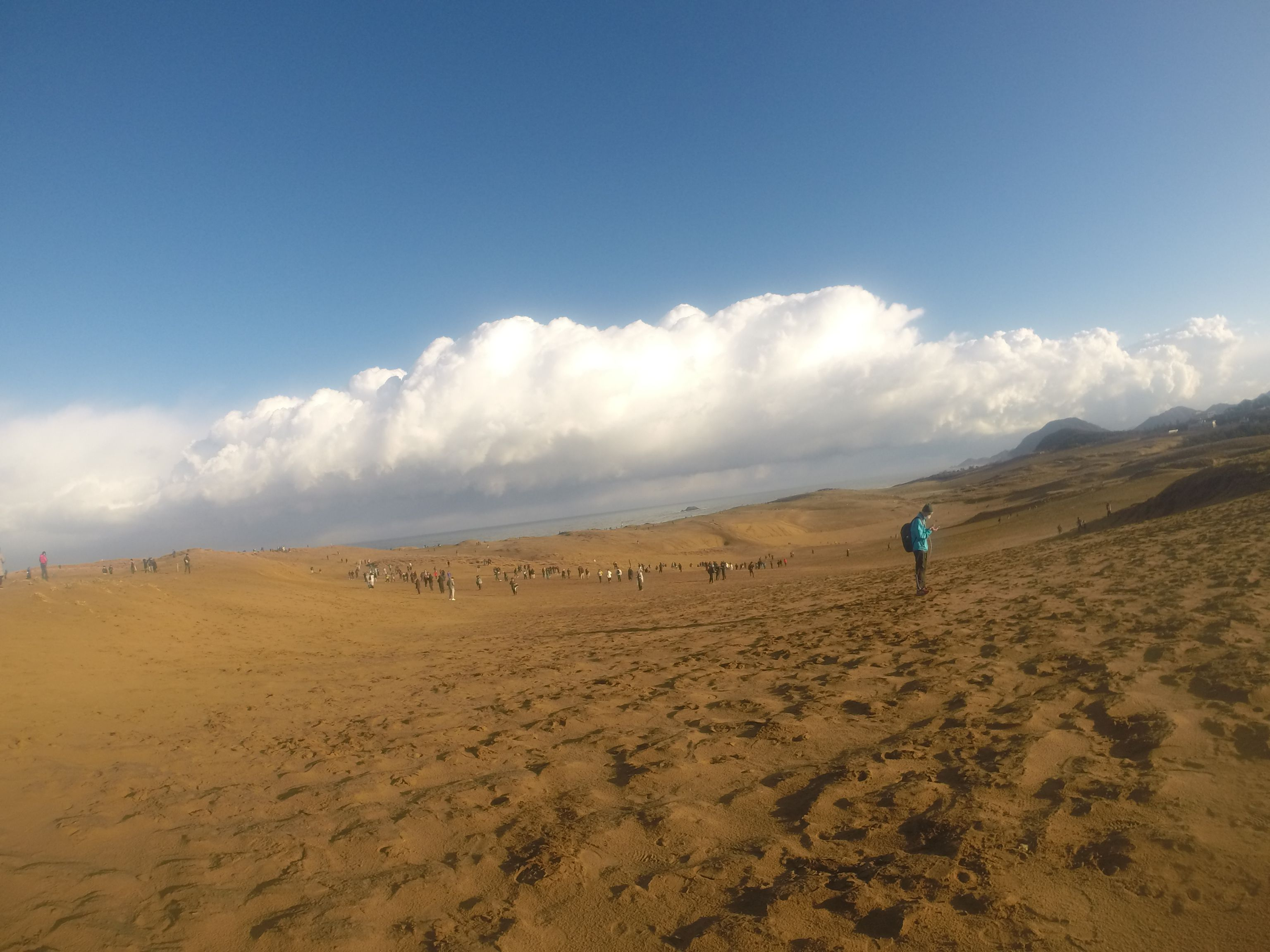 人、人、人、人だらけの鳥取砂丘