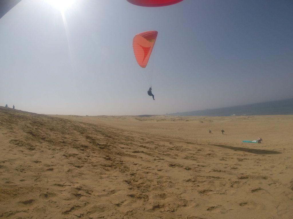 ほどよい風に乗って、ゆっくりした飛行を楽しみます