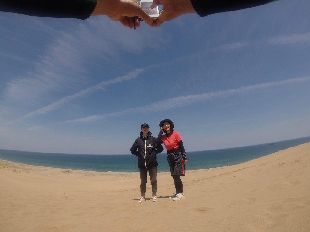南風が吹いて暖かくなった鳥取砂丘