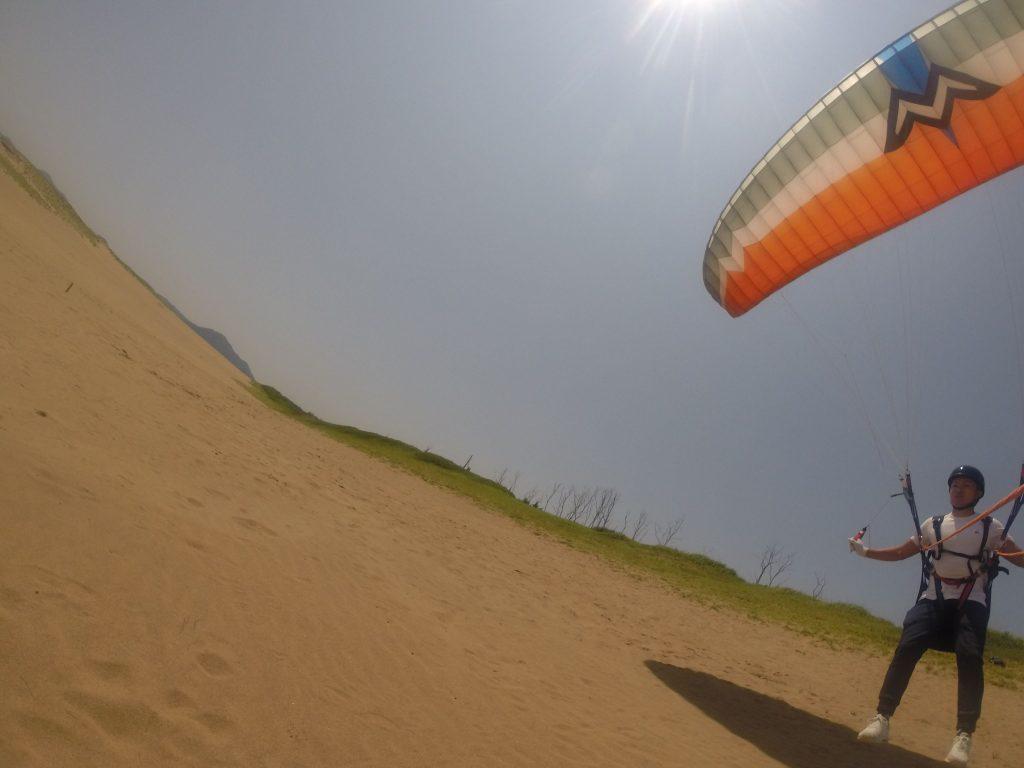 第一弾目、強めの風にそーっと乗ってみる