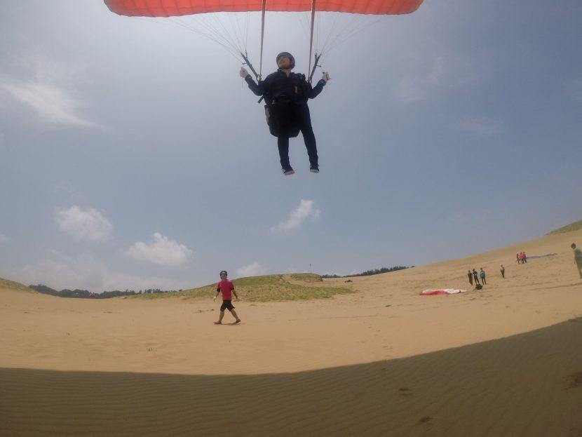 じっくりホバリングで、鳥取砂丘の空を堪能
