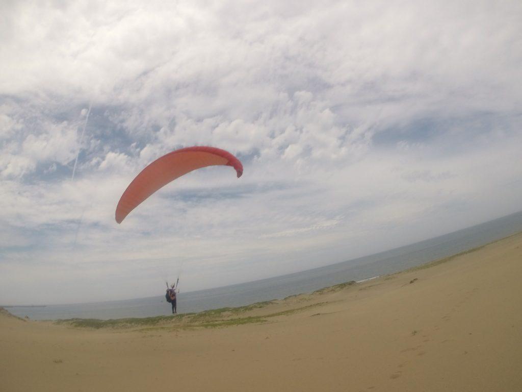 慣れてきてからは、単独飛行で海近くまで飛ぶことができたり