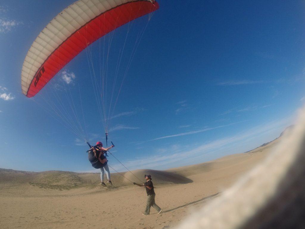 初めは強めの風ということで、まずはトーイングスタイルで飛行開始