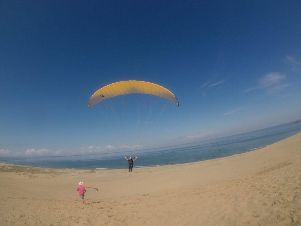 鳥取砂丘の空を、ファミリーさんで楽しんでいただきました