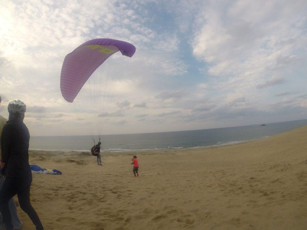 風とのバランスを取りながら、ロングフライトに挑戦
