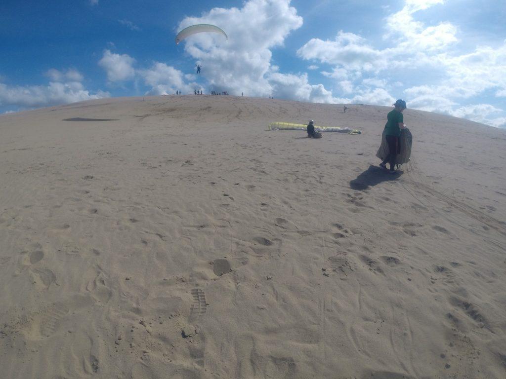 海を見渡す丘のてっぺんから、ナイスフライト!