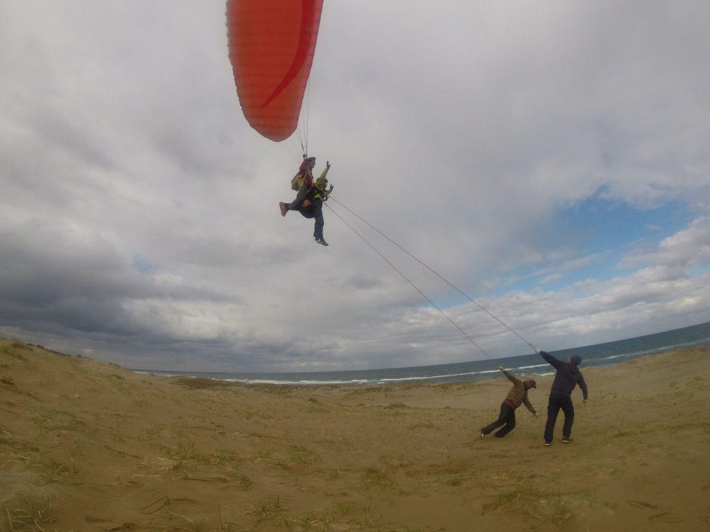 風は強めでしたが、鳥取砂丘の空を堪能していただけました