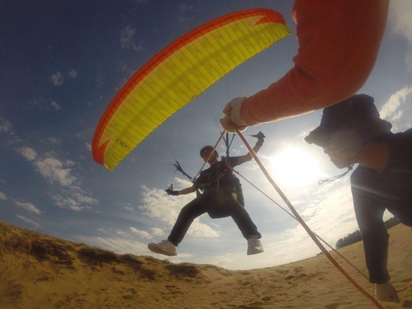 エキサイティングに飛べた、天気下り坂の鳥取砂丘