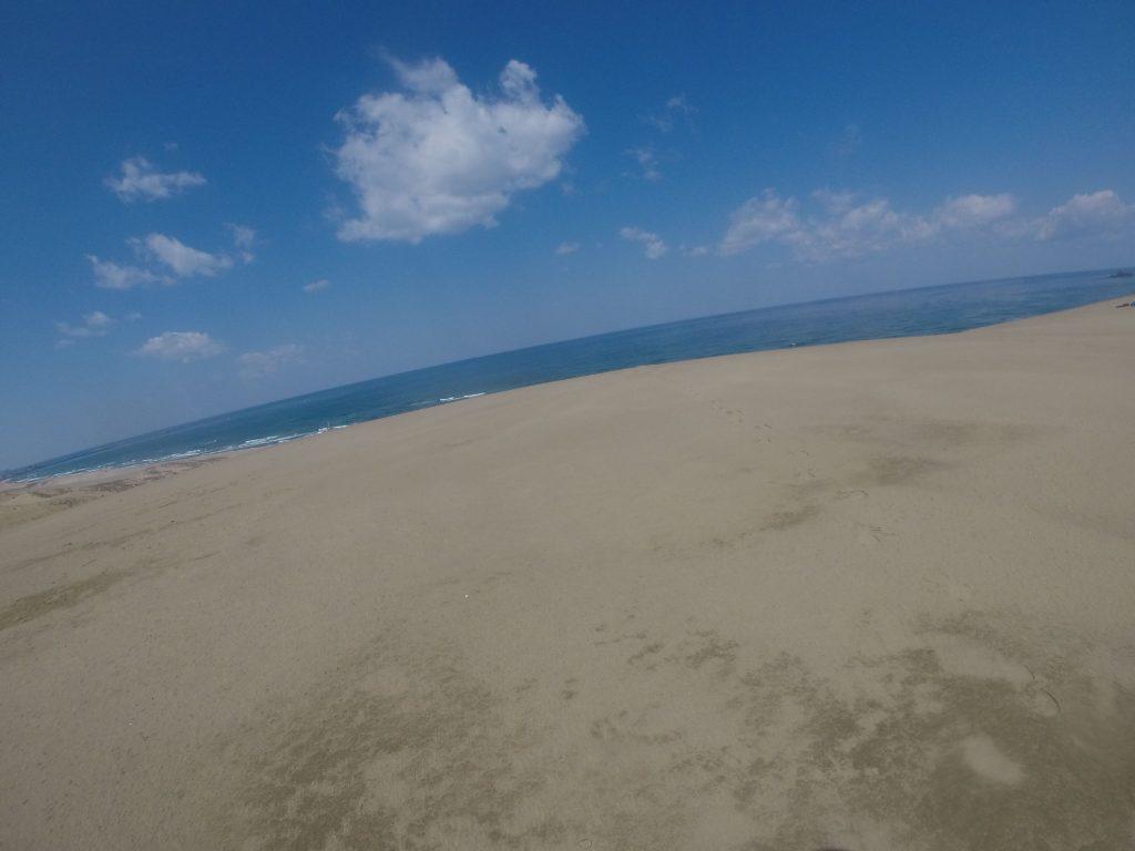 海が鮮やかに見えた鳥取砂丘