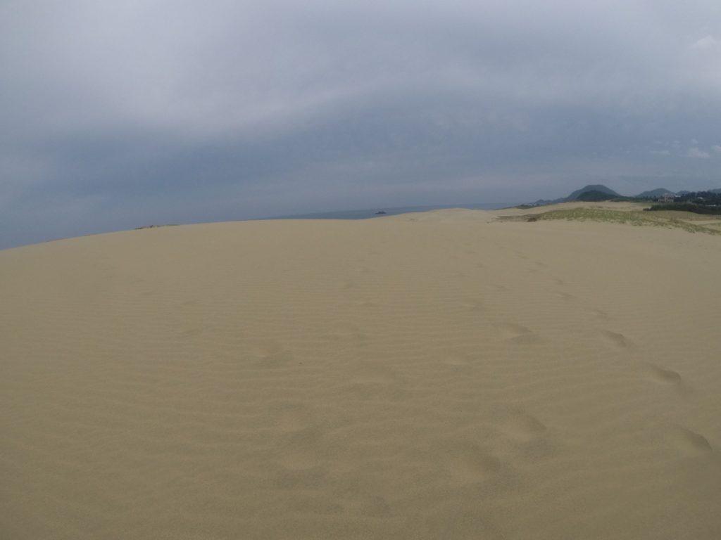 やがて乱れた南風が吹いた鳥取砂丘