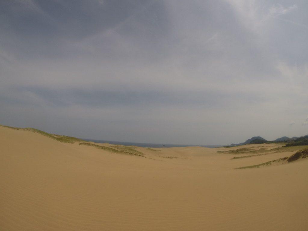 いつもと同じく広がりを感じる砂丘の風景